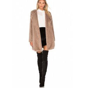 BB Dakota Winsford Faux Fur Jacket Small NWOT